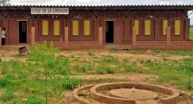 La nouvelle école d'Ogodengou porte le nom de la Lomagne.